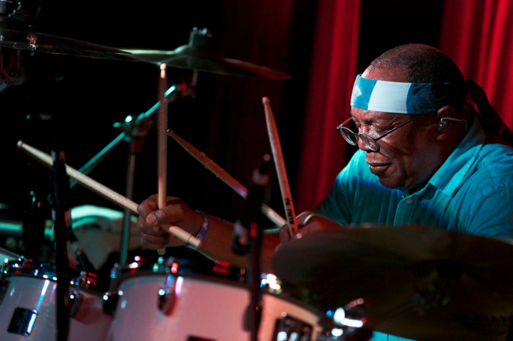 Billy Cobham, doubling up on the sticks