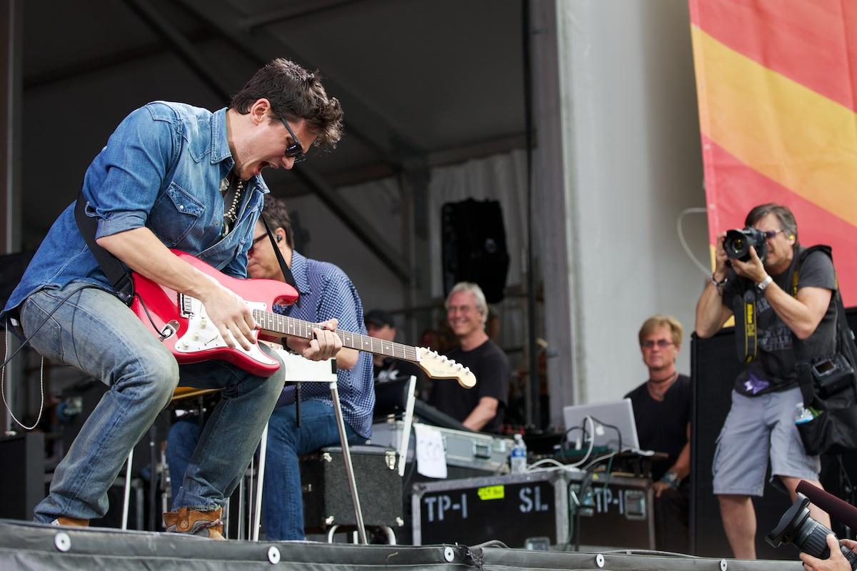 John Mayer getting down early