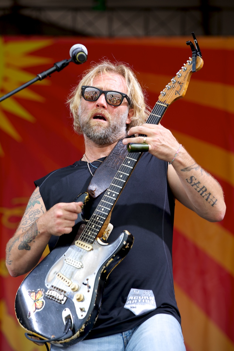 Anders Osborne lets loose with the VOW All-Stars