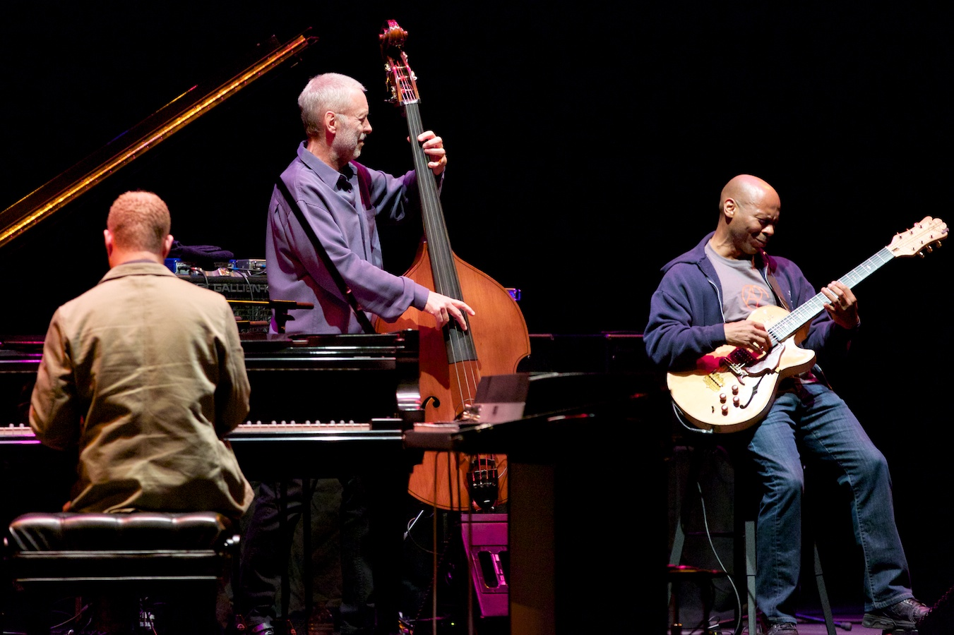 Dave Holland, Kevin Eubanks and Craig Taborn, 3/4 of a Prism