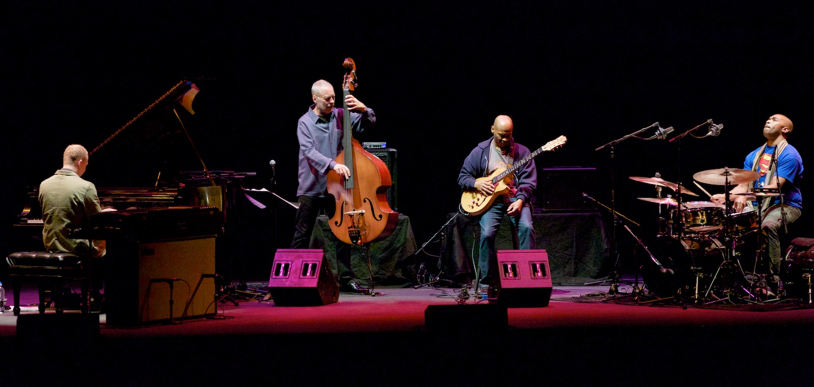 Musical Prism, Dave Holland and company energize the Angel City Jazz Festival