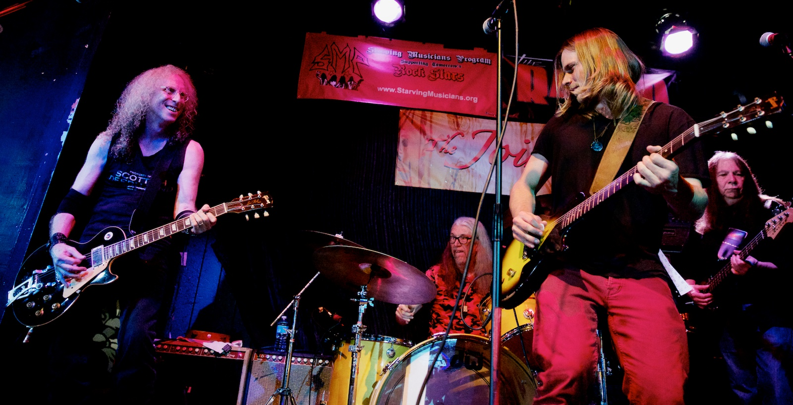 Waddy Wachtel, Rick Rosas, Phil Jones and guest Lukas Nelson roll up The Joint