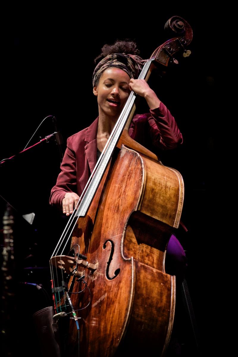 Esperanza Spalding, luminous playing and presence