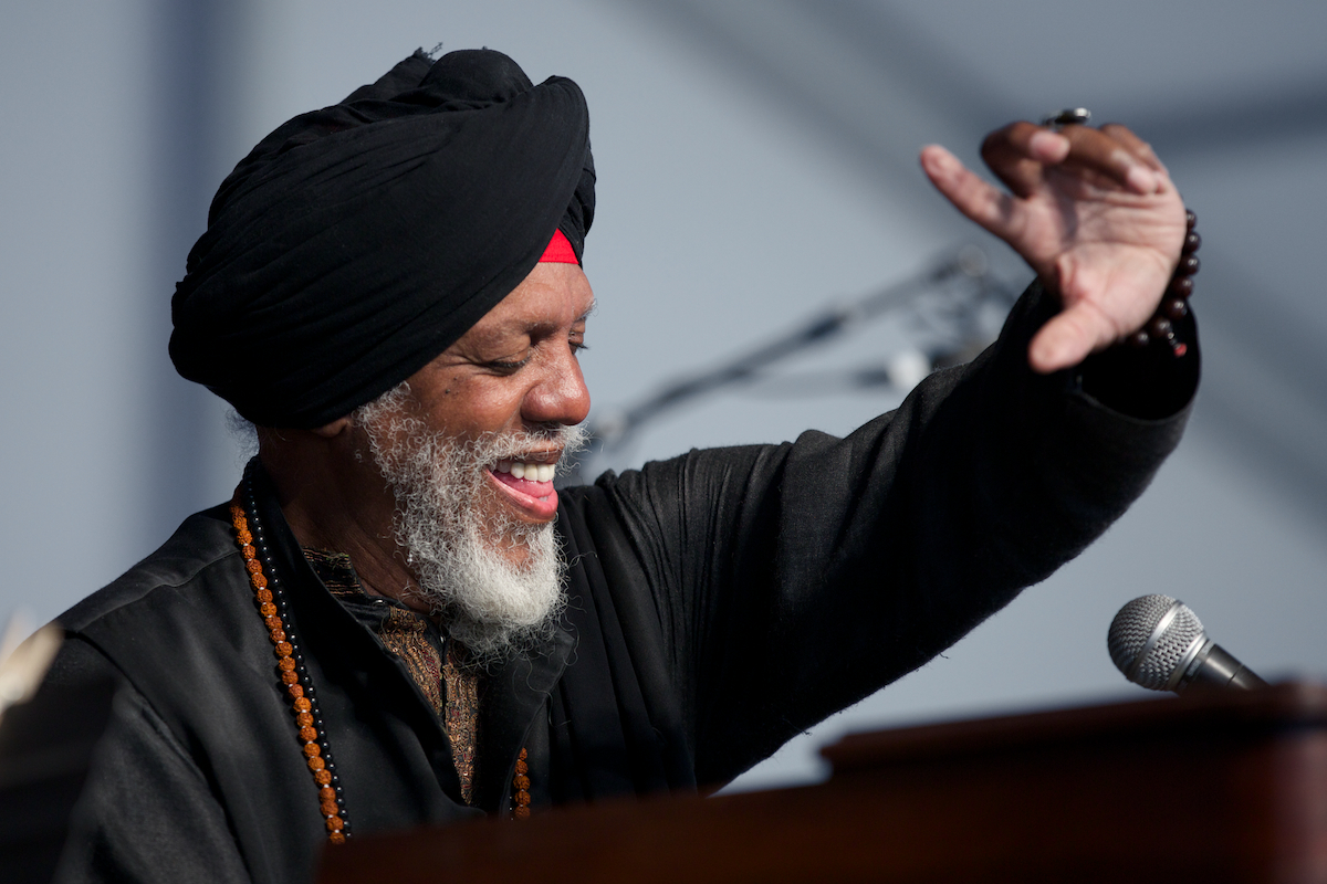 The Dr. and his B-3, Lonnie Smith