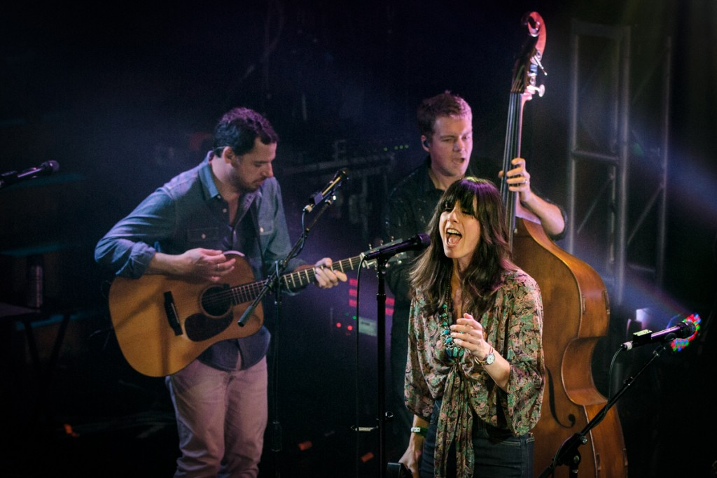 Nicki Bluhm with Travis Book and Andy Falco