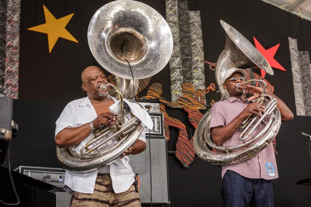 Doubling your sousaphone pleasure druing Blodie's Jazz Jam